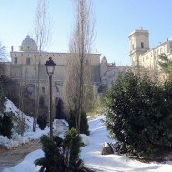 06-chiesa-sotto-neve